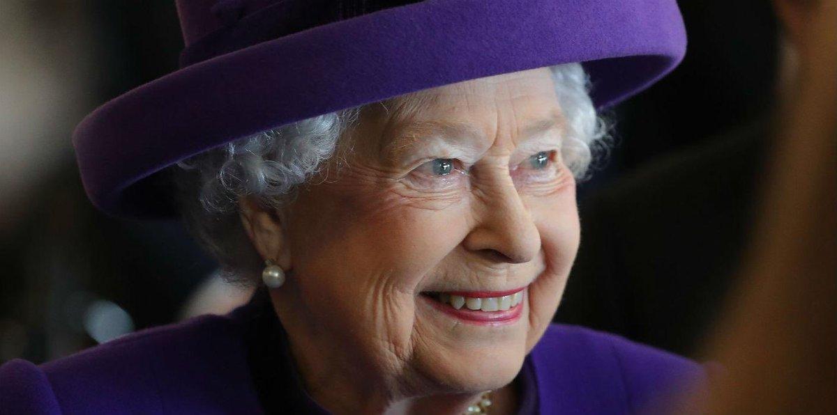 Британската кралица Елизабет II навърши 95 години – снимки, видео
