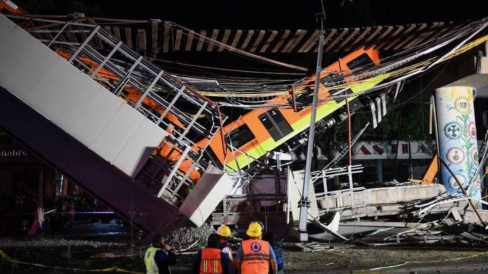 Надлез на метрото се срути в Мексико, 20 загинали и 70 ранени – снимки видео