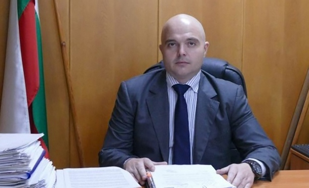 Радев подписа указ за освобождаване на главния секретар на МВР