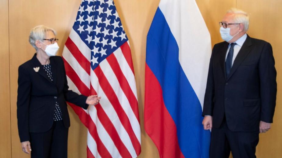 В Женева започнаха разговори между САЩ и Русия за стратегическата ядрена стабилност