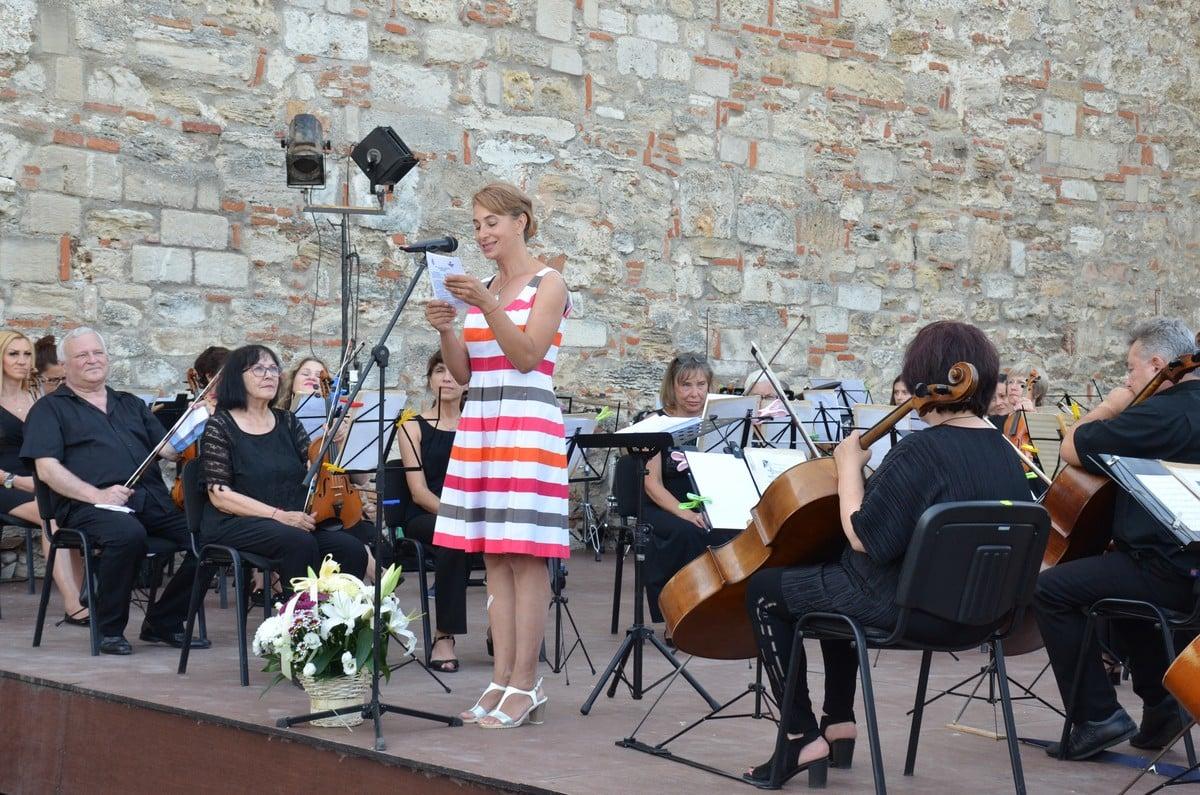 """Десетият фестивал на изкуствата """"Дунавски вълни"""" преобрази Видин – снимки"""
