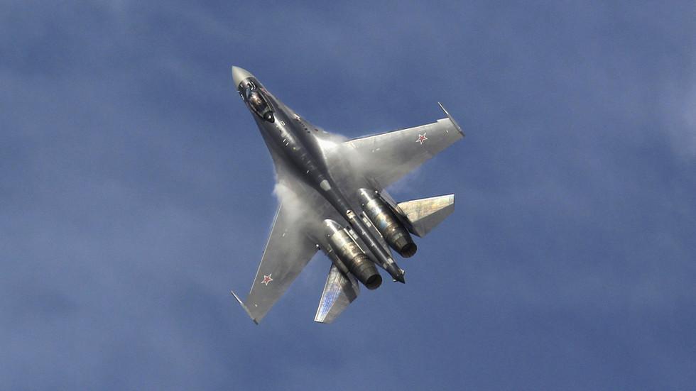 Руски боен самолет се разби в акваторията на Охотско море